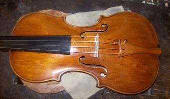 a kész hegedű