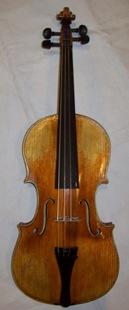 Íme a most elkészült hegedű